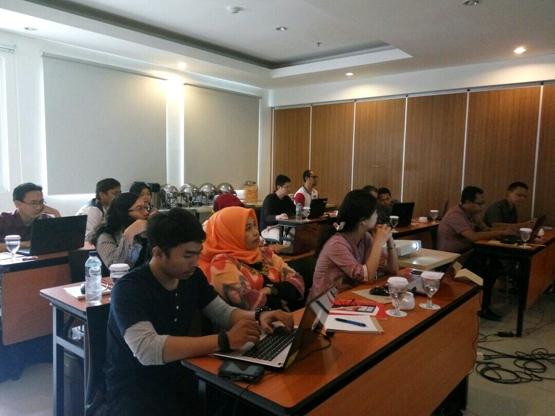 Kelas Internet Marketing Sapu Jagat SB1M di Cirebon